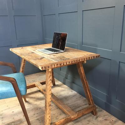 RECLAIMED WOOD TABLE/DESK