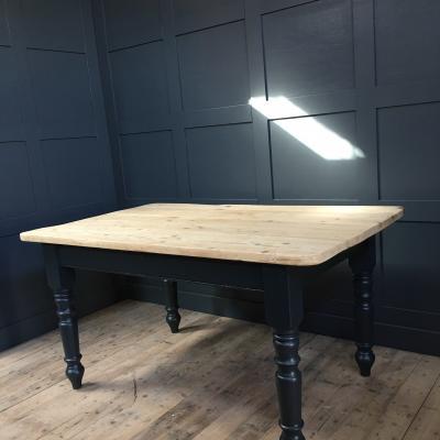 SCRUB TURNED LEG TABLE £450.00