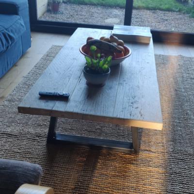 METAL LEG RECLAIMED WOOD TABLE