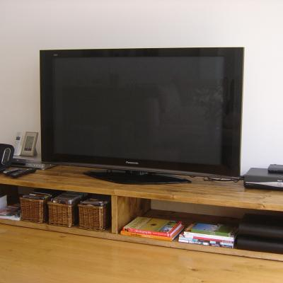 Media Unit with Section