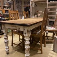 Rustic Turned Leg Table £400
